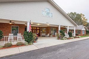 North Carolina Personalized Assisted Living | Brookdale Hickory ...